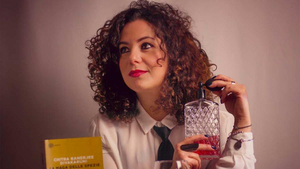 Questa immagine ha l'attributo alt vuoto; il nome del file è Laura-Schirru-head-bartender-del-The-Duke-Cocktail-Lounge-Bar-de-La-Maddalena-photo-by-Giuseppe-Secchi-1-1024x576.jpg